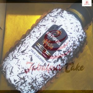 piper bottle cake